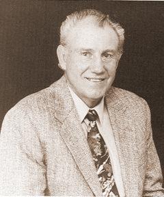 /honorees/93-Gilbert.jpg